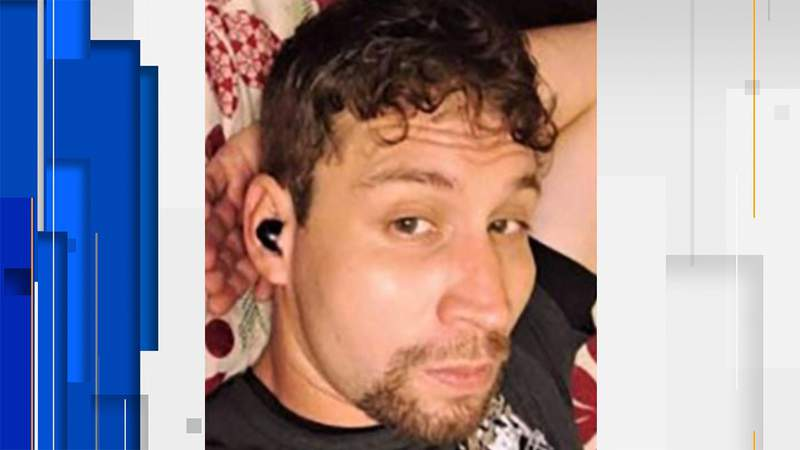 Samuel Reyes, 32.