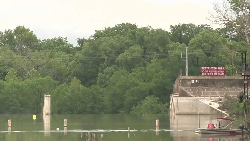 Construction to begin on Lake Dunlap dam after spill gate failure