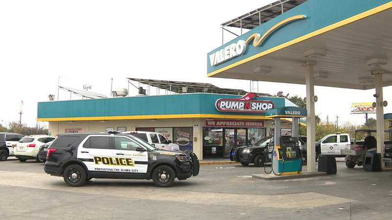 GF Default - SAPD investigating string of convenience store robberies