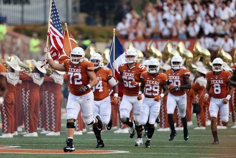 The University of Texas Longhorns astatine  Darrell K Royal Memorial Stadium successful  Austin.