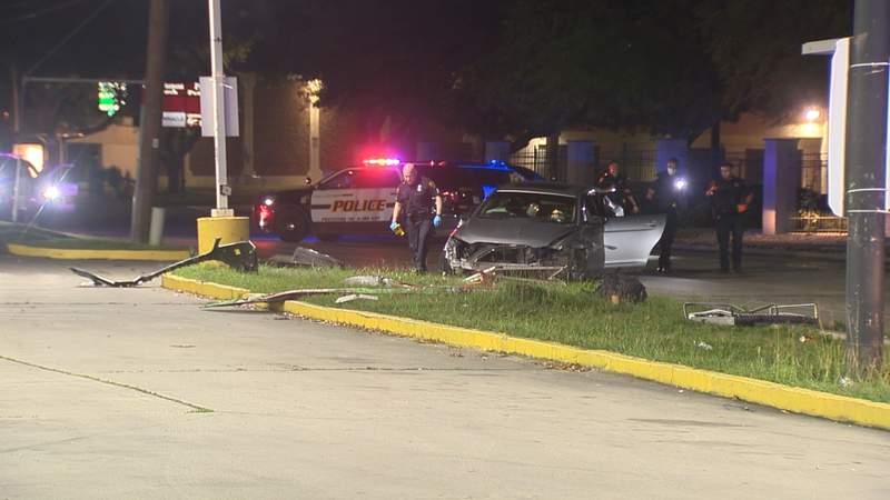 Police seek 3 men in shooting, vehicle crash on NE Side
