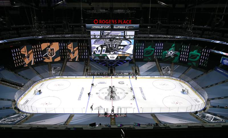 EDMONTON, ALBERTA - AUGUST 03:  The Dallas Stars and the Vegas Golden Knights face off to start the Western Conference Round Robin game during the 2020 NHL Stanley Cup Playoff at Rogers Place on August 03, 2020 in Edmonton, Alberta. (Photo by Jeff Vinnick/Getty Images)