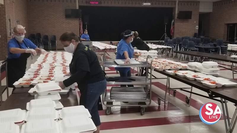 NISD Cafeteria teams serve FREE lunch to kids 18 & under   SA Live   KSAT 12