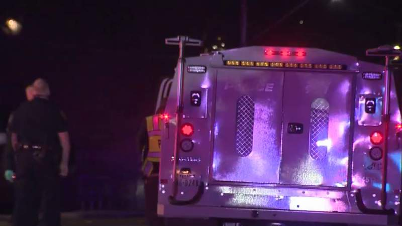 Medical Examiner identifies man hit, killed by car while crossing far West Side street