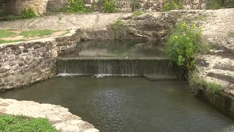 Edwards Aquifer numbers continue to drop in May.
