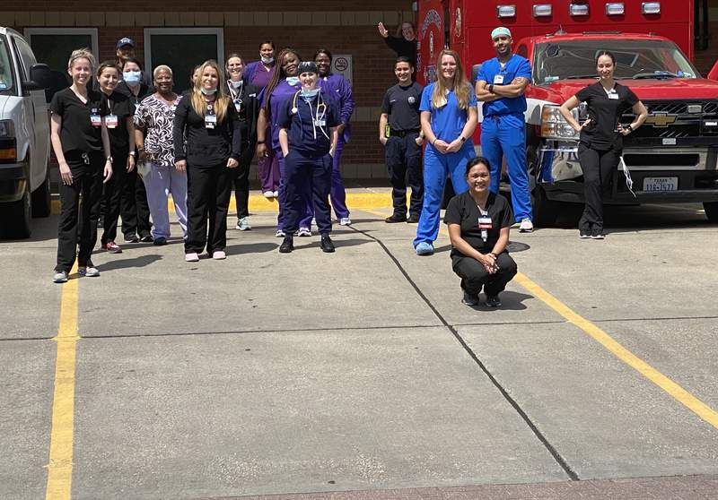 Through the Deshaun Watson Foundation, the NFL Pro Bowler partnered with Sticky's Chicken to provided meals for 400 emergency care nurses at Ben Taub Hospital.
